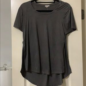 Eyeshadow Grey Shirt